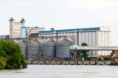 Korrelterminal bij de haven royalty-vrije stock afbeelding