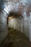 Korridor fort 13 Jilava, Rumänien Royaltyfri Bild