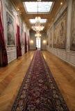 Korridor i classcibyggnad fotografering för bildbyråer