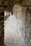 Korridor i fästning i Tallinn, Estland arkivbilder