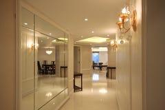 Korridor i utgångspunkt royaltyfria foton
