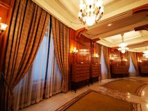 Korridor inom kammaren av ersättare royaltyfria bilder