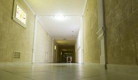korridor long Arkivbilder