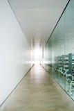 korridor long straight Arkivbild