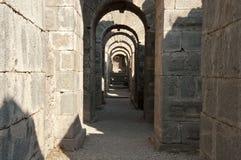 Korridor med bågar Royaltyfri Foto