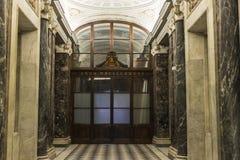 Korridor på basilikan av Vaticanen i Vaticanet City, Vat fotografering för bildbyråer