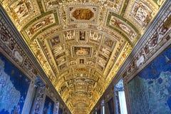 Korridor på Vaticanenmuseet i Vaticanet City, Vaticanen arkivbilder