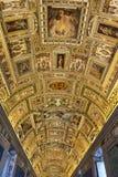 Korridor på Vaticanenmuseet i Vaticanet City, Vaticanen arkivfoton