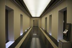 korridorelevator s arkivfoton