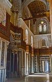 Korridoren i den Qalawun mausoleet Royaltyfri Bild