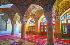 Korridoren med kolonner, Shiraz, Iran Royaltyfri Bild