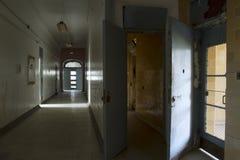Korridorer och dörröppningar Arkivbilder