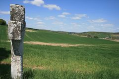 Kors för St Geneviève i Bionval, Normandie Royaltyfri Bild