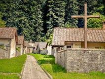 Kors i klosterbosättningen, Italien Royaltyfri Bild