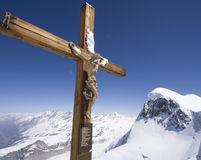 kors jesus matterhorn royaltyfria bilder