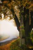 Kors med Jesus Christ i natur Arkivfoto