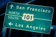 Korsa bearbetad huvudväg 101 undertecknar in sydliga Kalifornien Arkivbilder