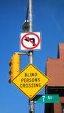 Korsa för blinda personer Arkivbild