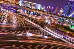 Korsa vid natt, Shanghai Fotografering för Bildbyråer