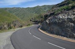 Korsikansk kust- bergväg i Cap Corse Arkivbilder