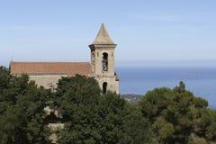 Korsikansk kyrka för sikt royaltyfri bild
