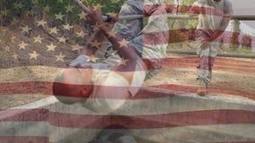 Korsning för amerikansk soldat ett rep arkivfilmer