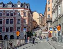 Korsningen mellan St Paulsgatan och Götgatan i den södra delen av Stockholm Royaltyfri Fotografi