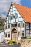 Korsvirkes- hus i den historiska mitten av Blomberg Fotografering för Bildbyråer