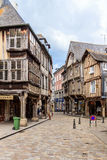 Korsvirkes- hus i Dinan, Brittany, Frankrike Royaltyfri Fotografi