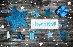 Kort eller kupong för glad jul Xmas-garnering i blått, vit Arkivbild