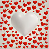 Kort för hjärtavalentindag med röd och stor hjärta Arkivfoton