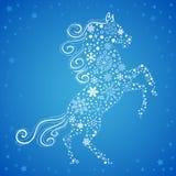 Kort för nytt år av hästen som göras av snöflingor Royaltyfri Bild