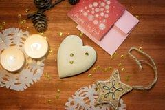 Kort för nytt år med hjärta och stearinljus Royaltyfri Foto