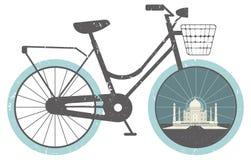 Kort och modell med cykeln Arkivfoto