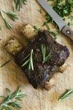 Korta stöd för BBQ-nötkött Arkivfoto