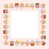 Kortdesignen med den fyrkantiga ramen, muffin, tystar ned med rosa kinder och blinkaögon, pastellfärgade färger på rosa vit bakgr stock illustrationer