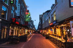 Korte Leidsedwarsstraat in Amsterdam at Night Stock Images