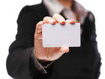 kortkrediteringshand Arkivbild