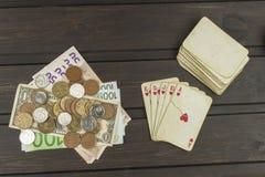 Kortspelpoker Den vinnande uppsättningen Kunglig personexponering i poker Arkivfoto