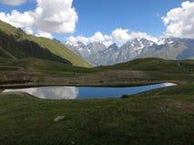 Koruldi góry jezioro Obraz Royalty Free