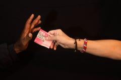 Korupcja gest korupcja z pieniądze ręka Zdjęcia Royalty Free