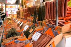 Korv och salami Arkivbild