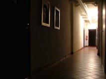 korytarz oświetlone zdjęcie royalty free