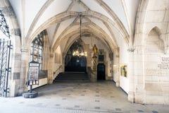 Korytarze i architektura wśrodku urzędu miasta na Marienplat Zdjęcia Royalty Free