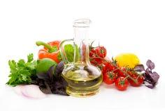 Korzenni ziele pieprz pomidory i oliwa z oliwek, Fotografia Stock