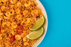 Korzenny meksykanin Rice Z Smażący wapno, garnelami I krewetki lub obrazy royalty free