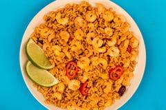 Korzenny meksykanin Rice Z Smażący wapno, garnelami I krewetki lub zdjęcie stock