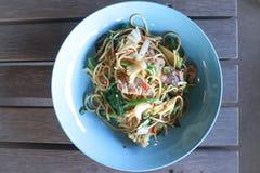 Korzenny spaghetti lub Tajlandzki spaghetti obrazy stock