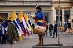 Kosice, Eslováquia - 8 de maio de 2016: A festa trajada Fotos de Stock Royalty Free