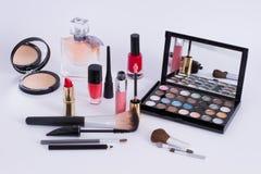 Kosmetik der Frauen stockbild